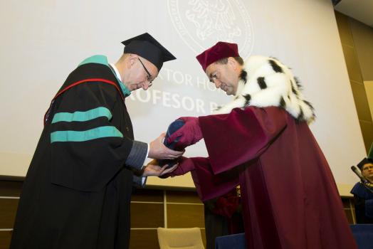 Роман Лесик – Почесний Амбасадор Львова був нагороджений званням доктора honois causa