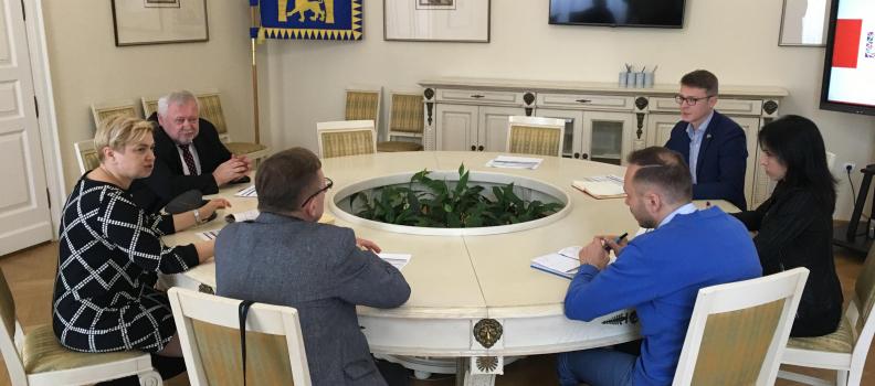 Роман Лесик – Почесний Амбасадор Львова запросив професорів Люблінського медичного університету оглянути локації у Львові