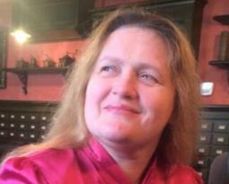 (Українська) Оксана Потимко – Почесна Амбасадорка Львова здобула Державну премію України